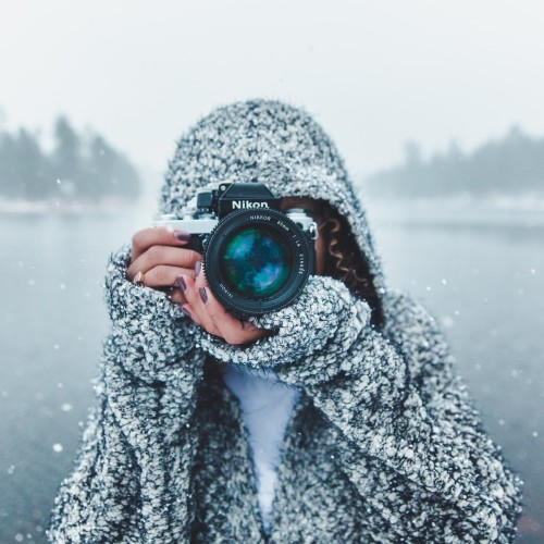 Photographer_Nikon_Camera_wallpaper